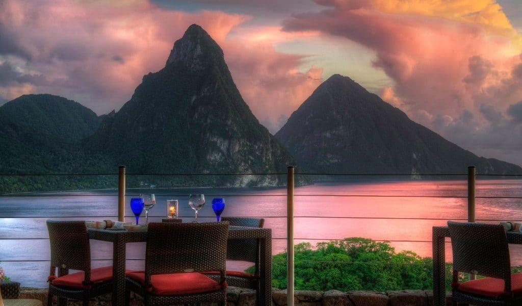 Jade-Mountain-Dining-1024x600