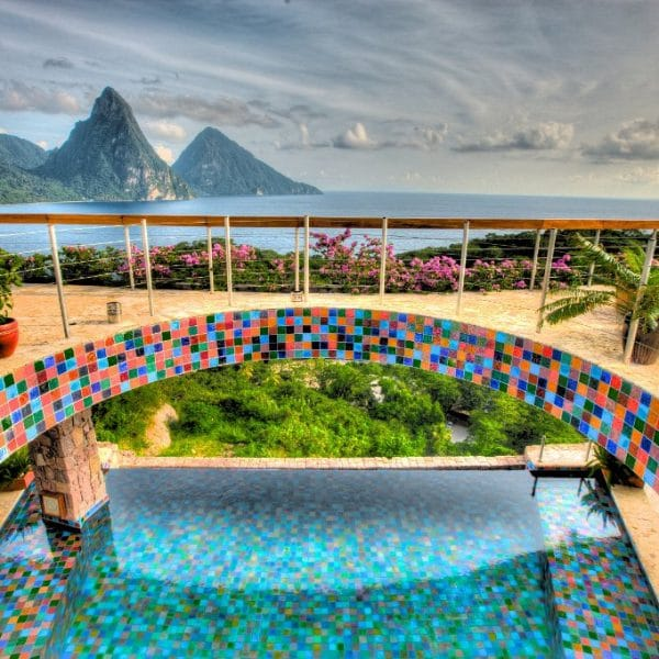 Jade-Mountain-Pool-600x600